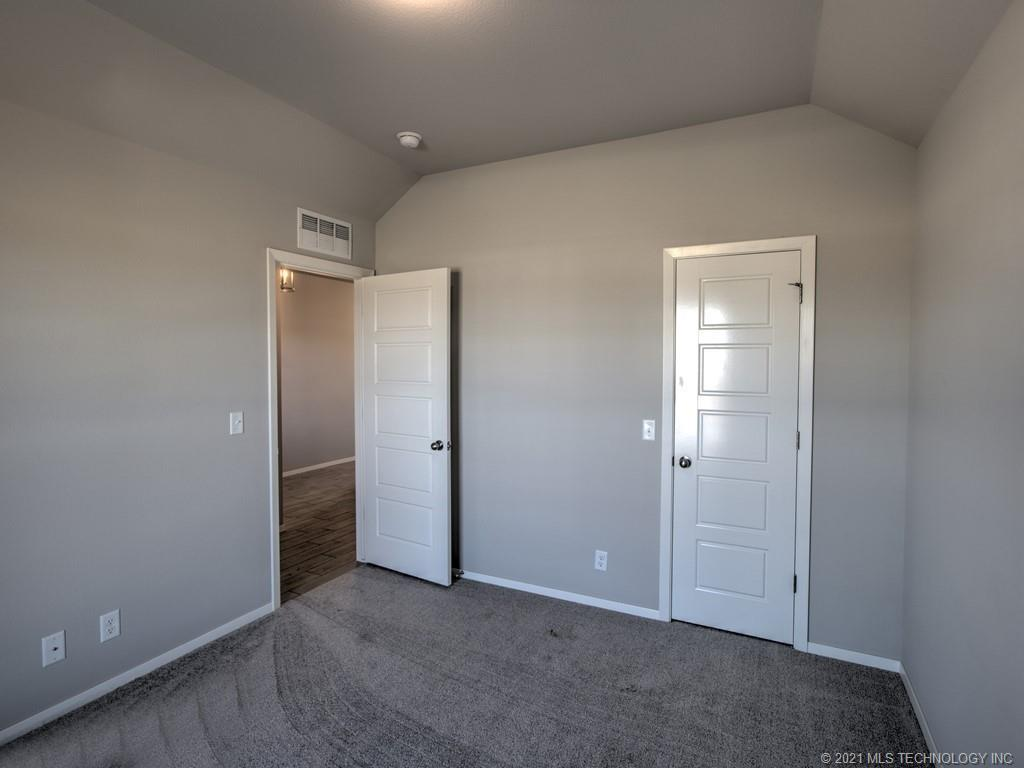 Active | 12008 N 131st East Avenue Owasso, Oklahoma 74055 27