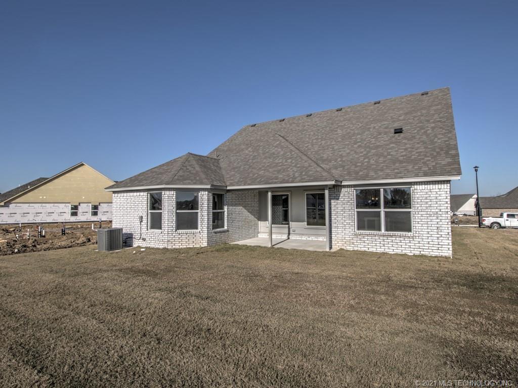 Active | 12008 N 131st East Avenue Owasso, Oklahoma 74055 32