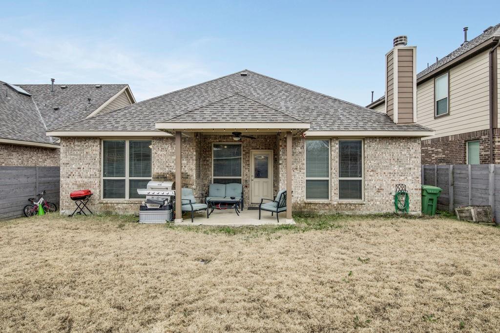 Pending | 1804 Mcgee Avenue Argyle, Texas 76226 18