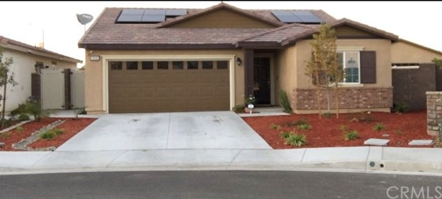 Pending | 29435 Meadow Lake Elsinore, CA 92530 2