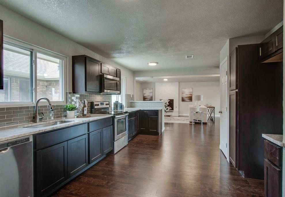 Sold Property | 3209 Treehouse Lane Plano, Texas 75075 9