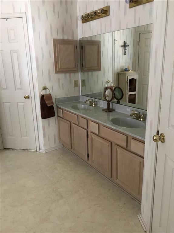 Sold Property | 5204 Alta Vista Lane Arlington, Texas 76017 7