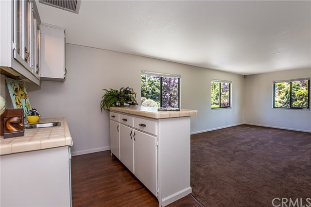 Closed | 3091 Central Avenue Riverside, CA 92506 20