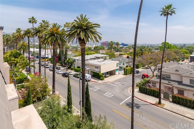Closed | 439 N Doheny  Drive #204 Beverly Hills, CA 90210 44