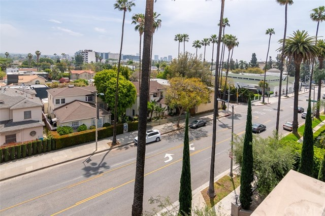 Closed | 439 N Doheny  Drive #204 Beverly Hills, CA 90210 46