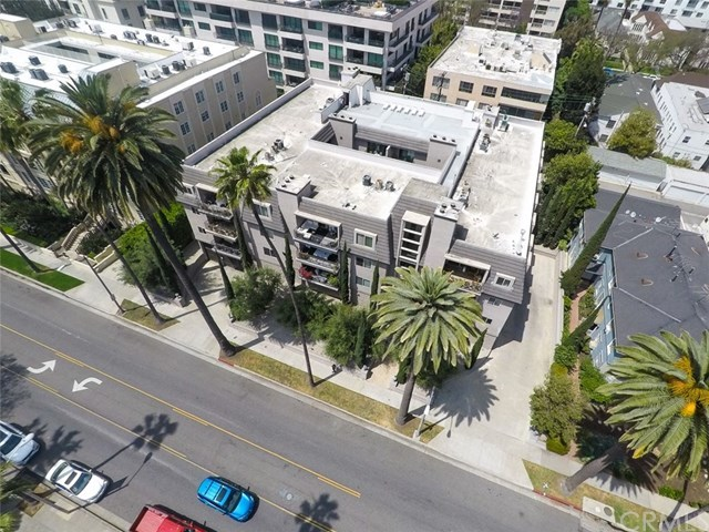 Closed | 439 N Doheny  Drive #204 Beverly Hills, CA 90210 48