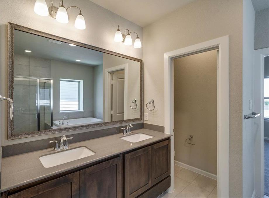 Sold Property | 1812 Roundtree Circle Aledo, Texas 76008 8