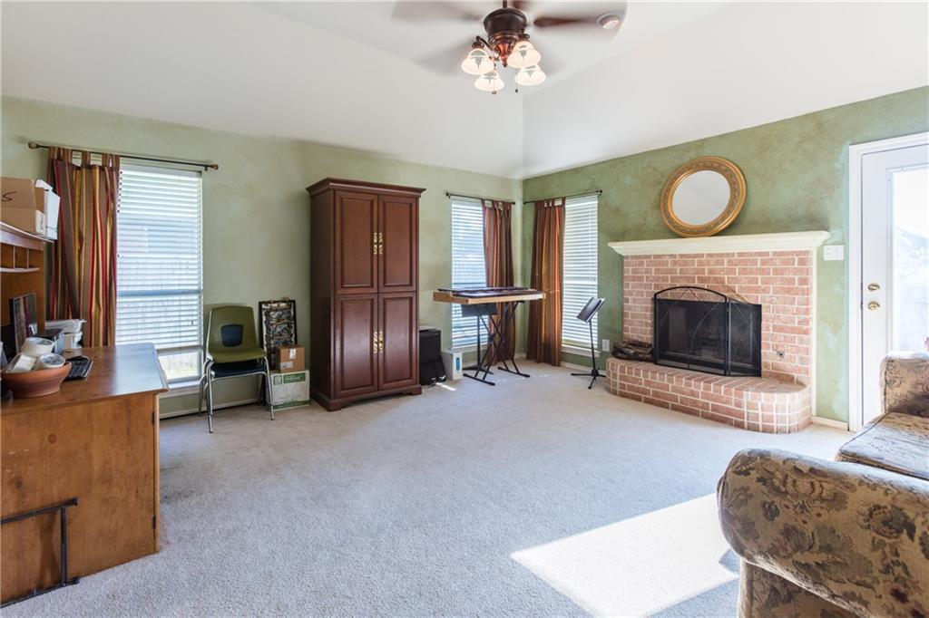Sold Property | 313 Cindy Lane Saginaw, Texas 76179 20