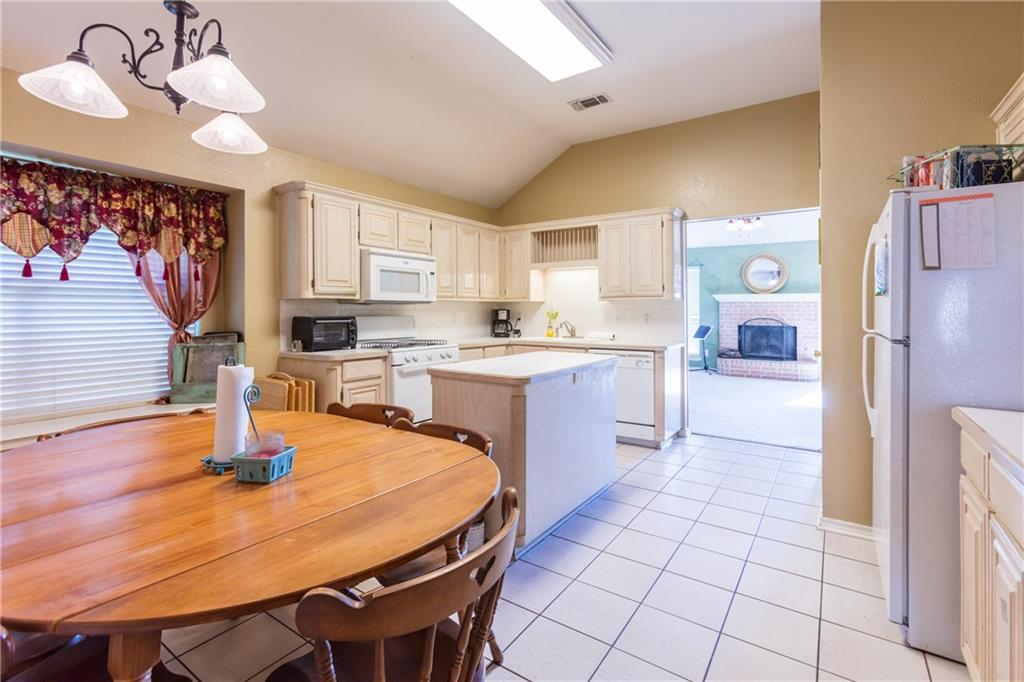 Sold Property | 313 Cindy Lane Saginaw, Texas 76179 21