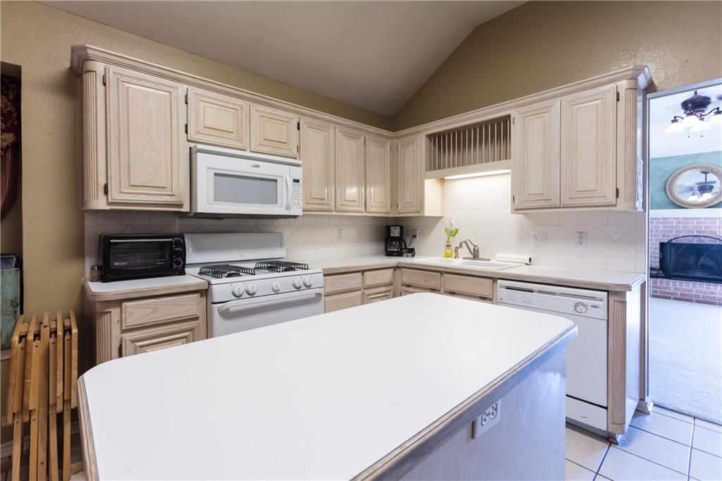 Sold Property | 313 Cindy Lane Saginaw, Texas 76179 32