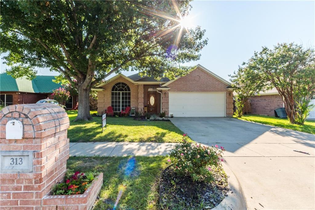 Sold Property | 313 Cindy Lane Saginaw, Texas 76179 9