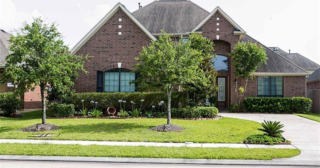 Active | 6722 Constatine  Sugar Land, TX 77479 1
