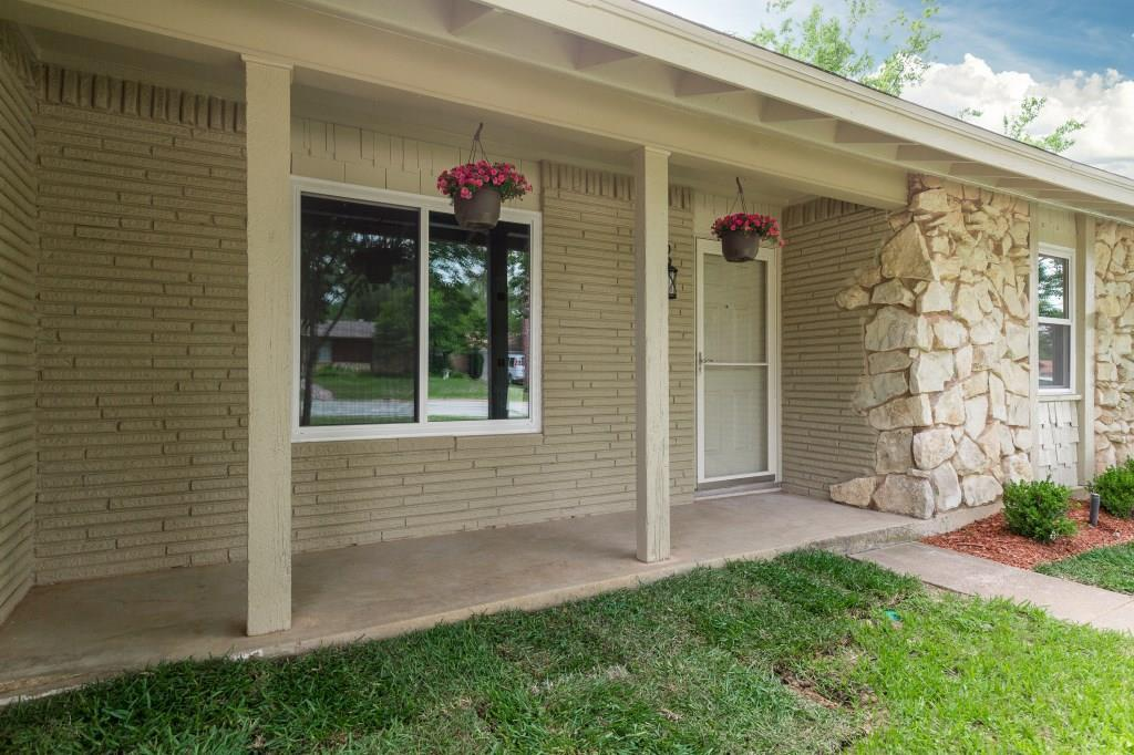 Sold Property | 828 Mccurry Avenue Bedford, Texas 76022 4