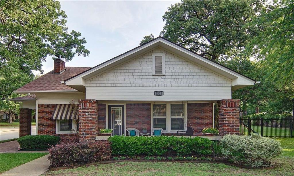 Sold Property | 2501 Daisy Lane Fort Worth, Texas 76111 3