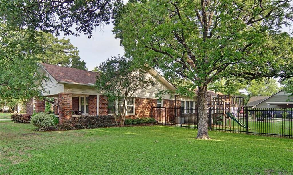 Sold Property | 2501 Daisy Lane Fort Worth, Texas 76111 4