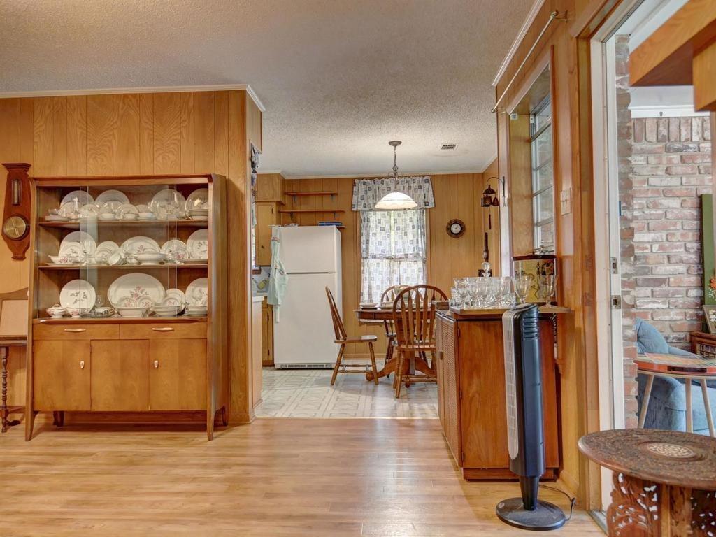 Sold Property | 1407 NE 9th Street Smithville, TX 78957 12