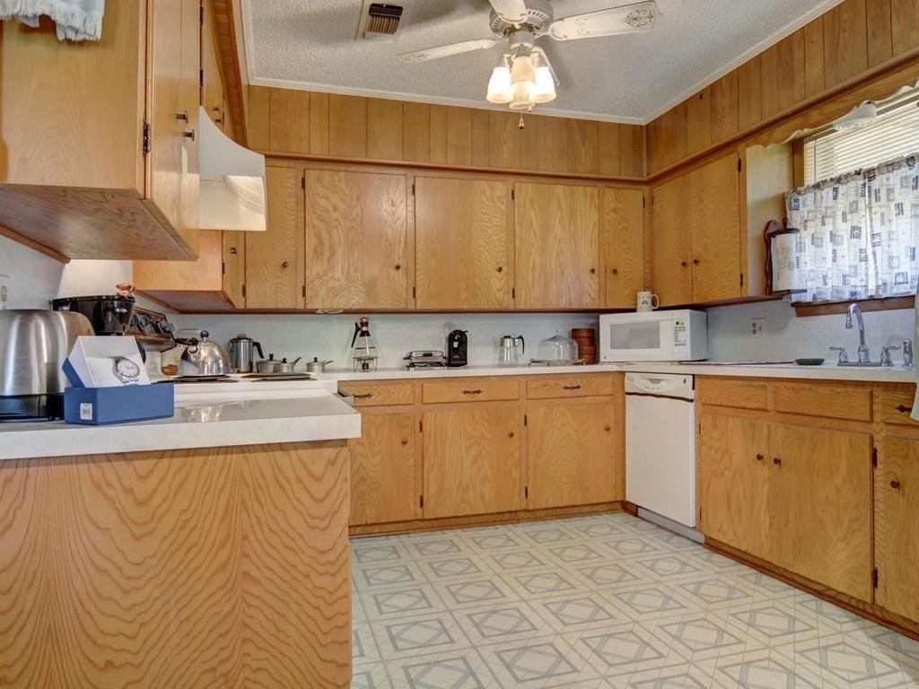 Sold Property | 1407 NE 9th Street Smithville, TX 78957 14