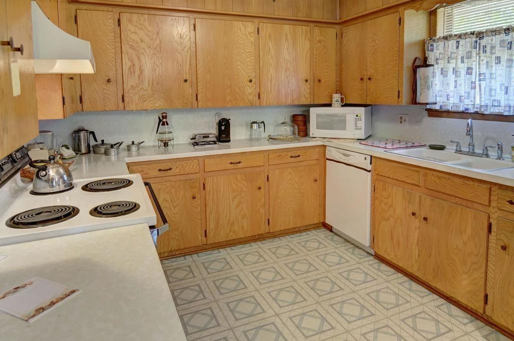 Sold Property | 1407 NE 9th Street Smithville, TX 78957 15
