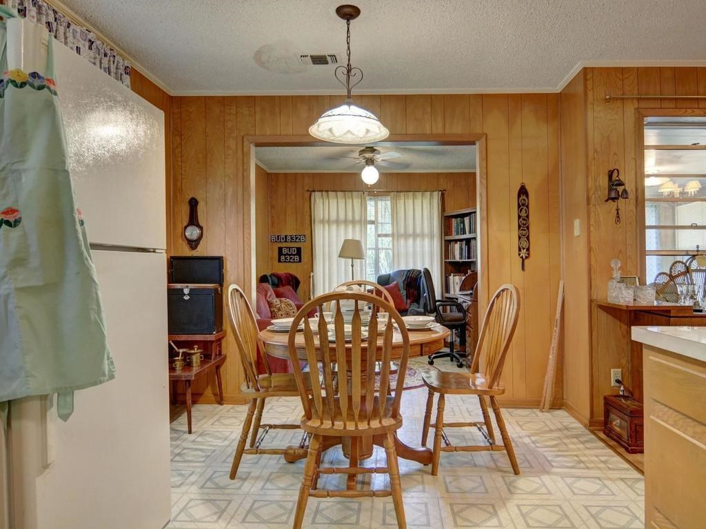 Sold Property | 1407 NE 9th Street Smithville, TX 78957 19