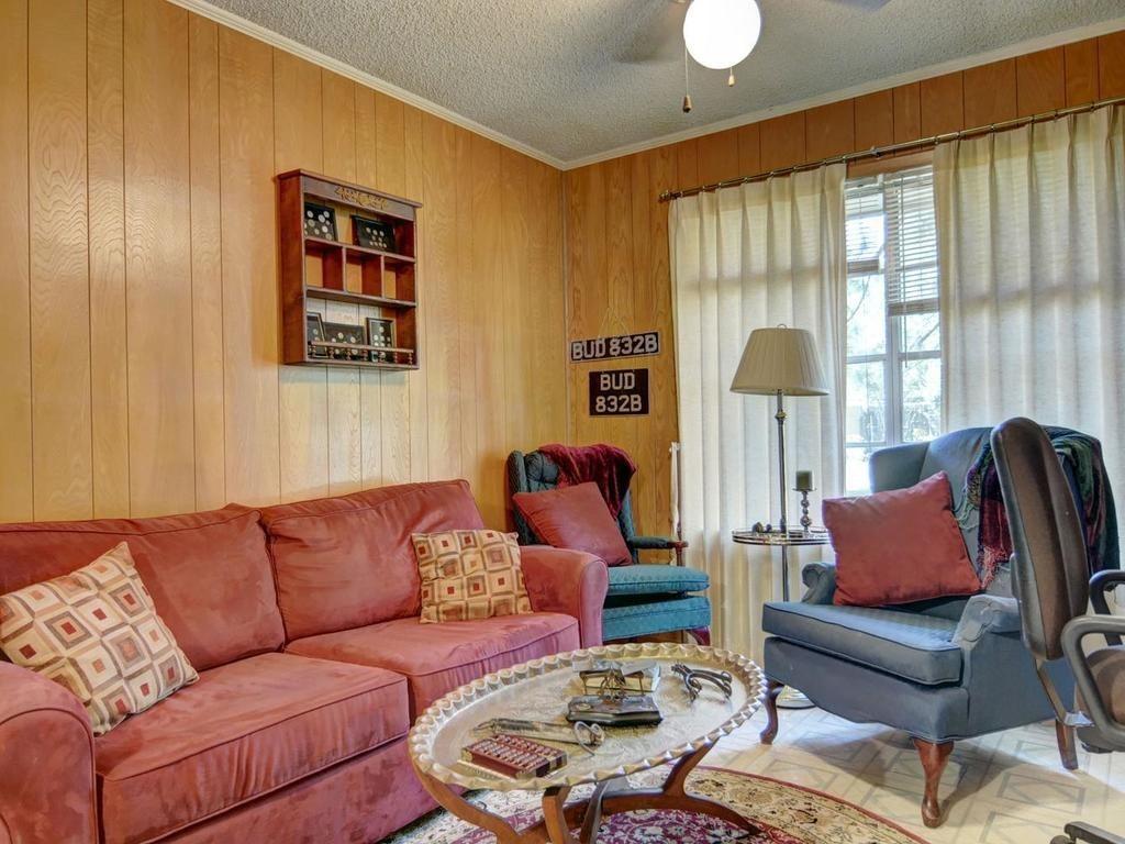 Sold Property | 1407 NE 9th Street Smithville, TX 78957 21