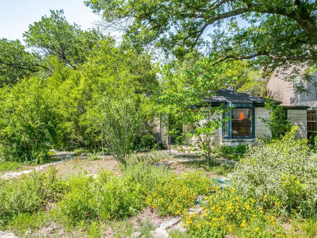Sold Property | 6427 Vickery Boulevard Dallas, Texas 75214 1