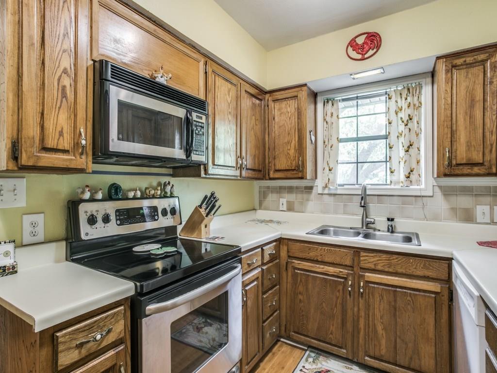 Sold Property | 6427 Vickery Boulevard Dallas, Texas 75214 10