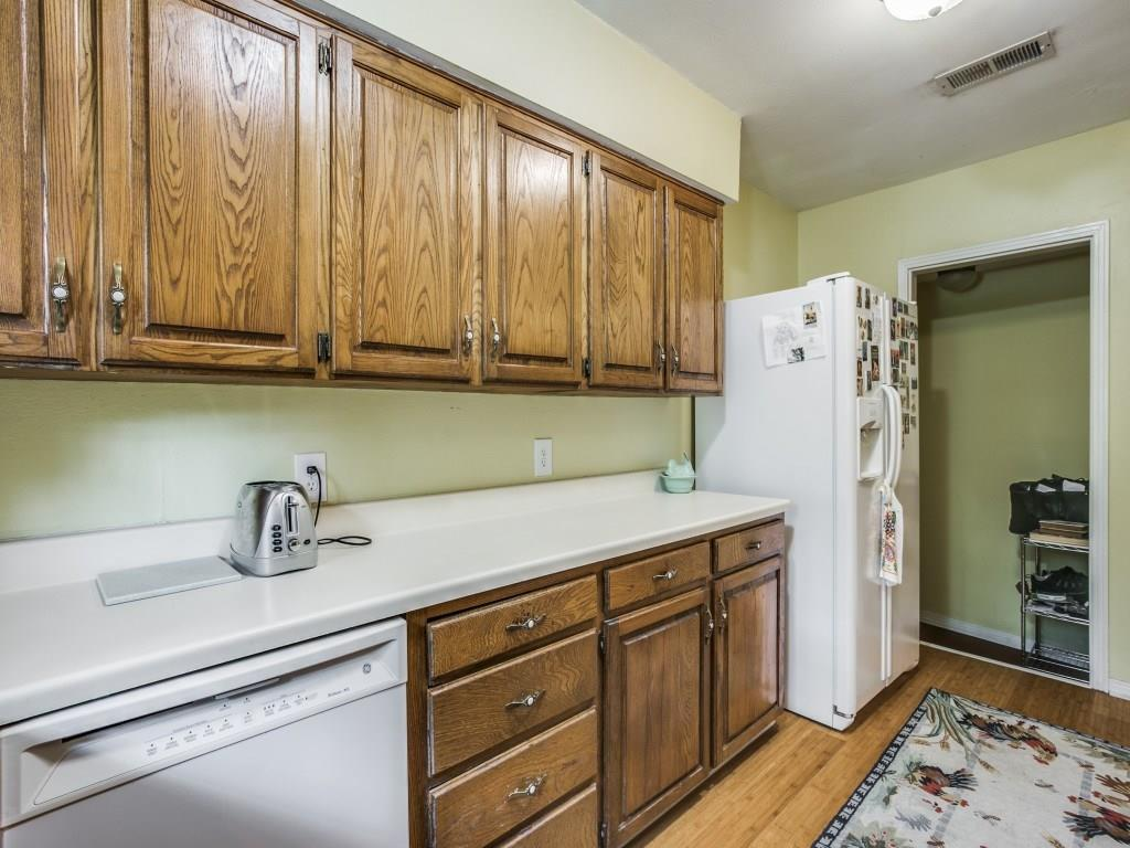Sold Property | 6427 Vickery Boulevard Dallas, Texas 75214 11