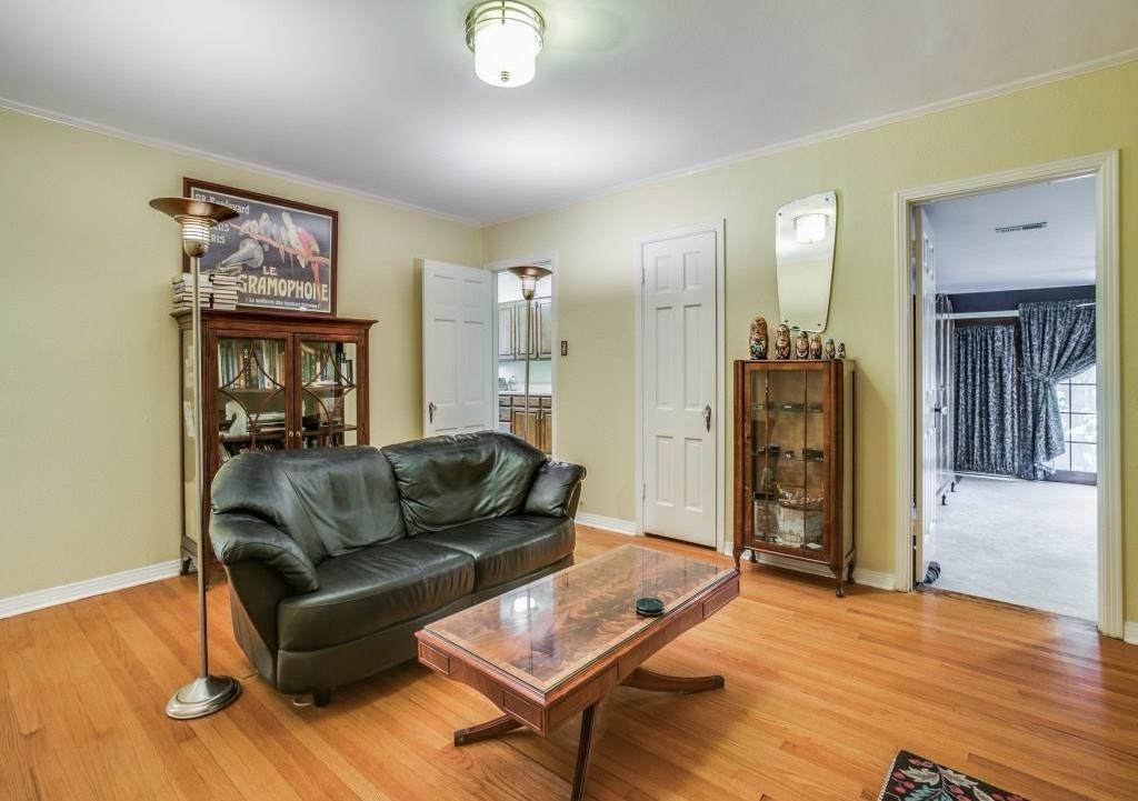 Sold Property | 6427 Vickery Boulevard Dallas, Texas 75214 15