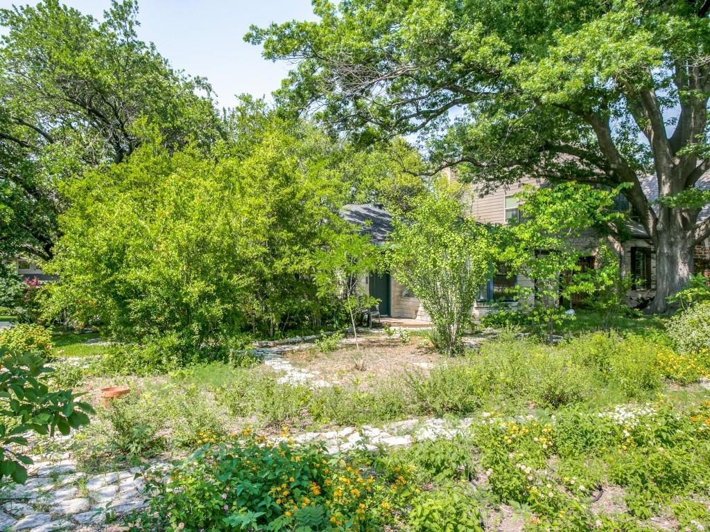 Sold Property | 6427 Vickery Boulevard Dallas, Texas 75214 2