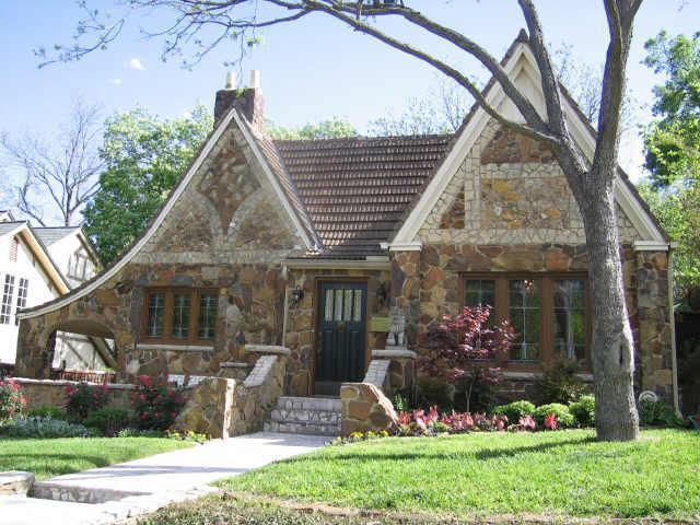 Sold Property   6938 WILDGROVE Avenue Dallas, Texas 75214 0