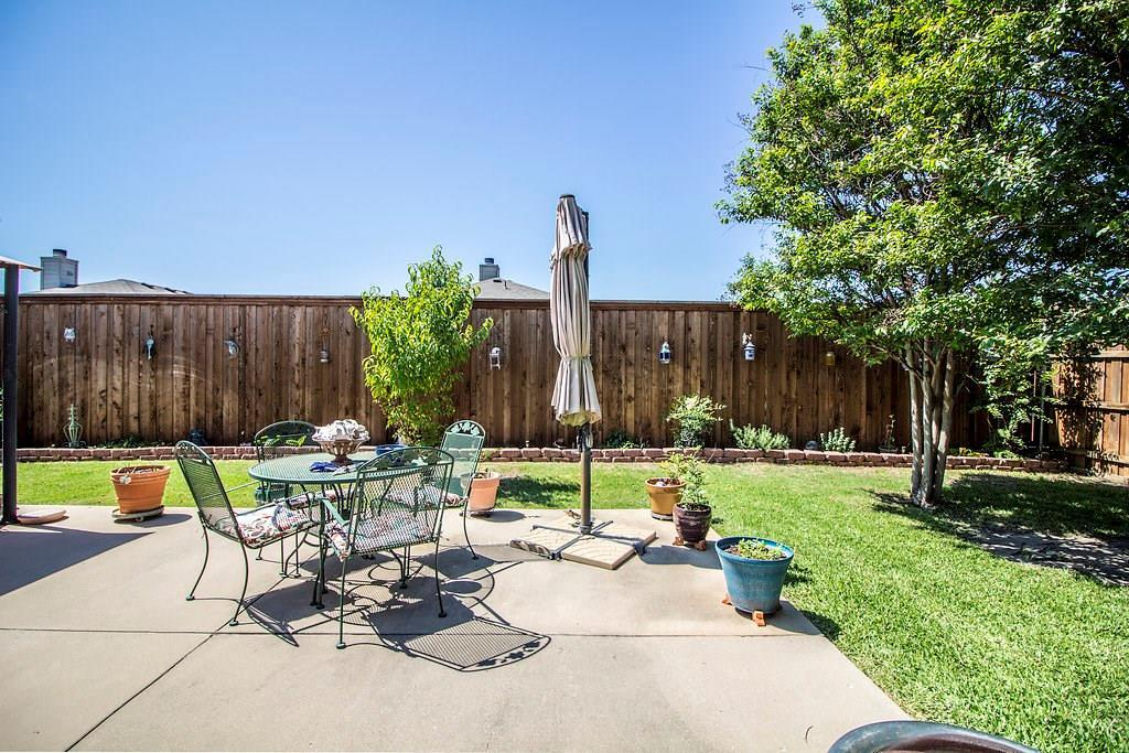 Homes for Sale Anna, TX, 1 story, 4 bedrooms, 2 car garage, great backyard  | 825 Alder Drive Anna, Texas 75409 26
