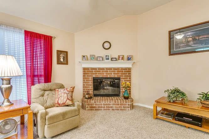 Sold Property   279 Vaden Avenue Burleson, Texas 76028 5