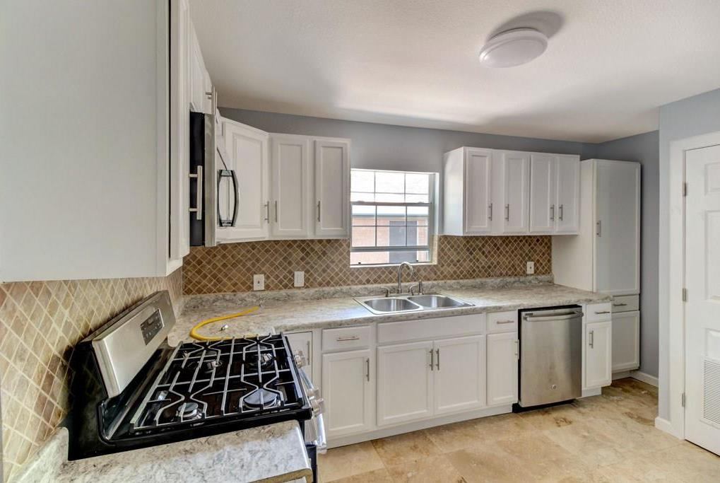 Sold Property | 4815 Palo Duro Lane Dallas, Texas 75216 6