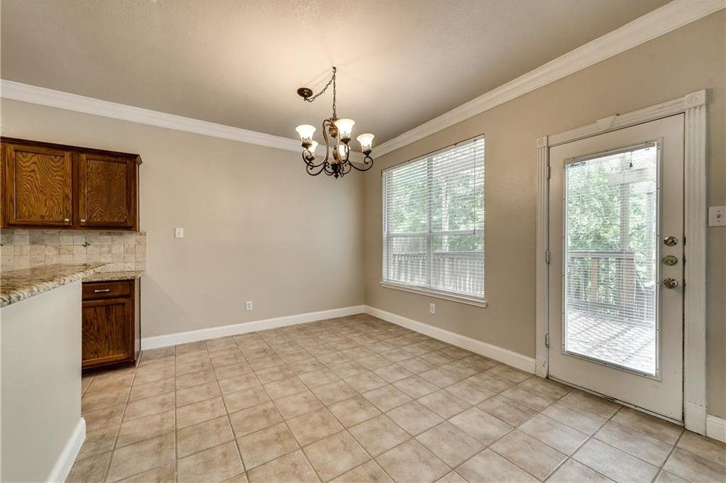 Sold Property | 5411 Vicksburg Drive Arlington, Texas 76017 9