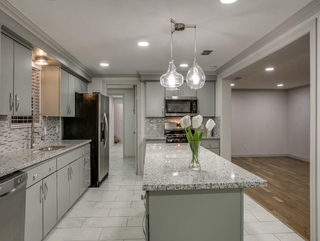 Sold Property | 1920 S Cooper Street Arlington, Texas 76013 7