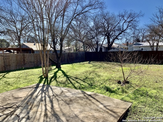 Back on Market | 306 Florida St San Antonio, TX 78210 20