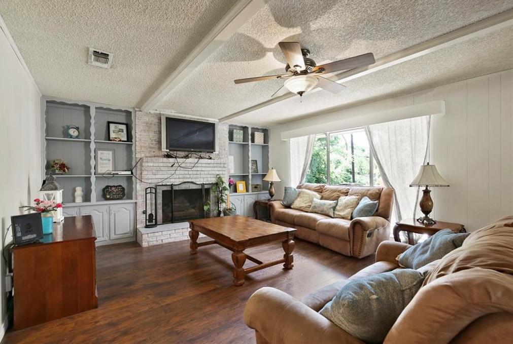 Sold Property   805 E Coral Way Grand Prairie, Texas 75051 16