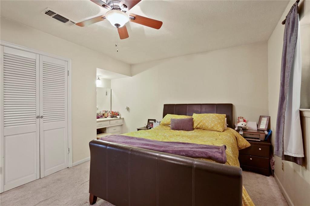 Sold Property   805 E Coral Way Grand Prairie, Texas 75051 20