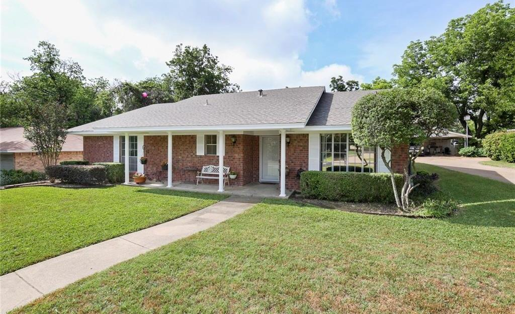 Sold Property   805 E Coral Way Grand Prairie, Texas 75051 3