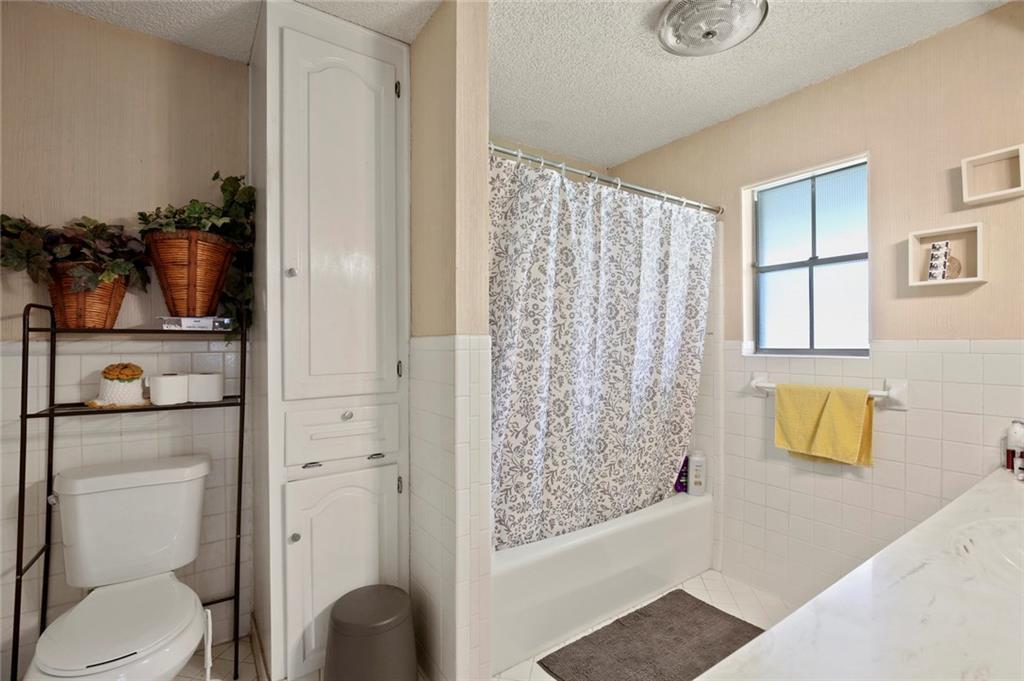 Sold Property   805 E Coral Way Grand Prairie, Texas 75051 26