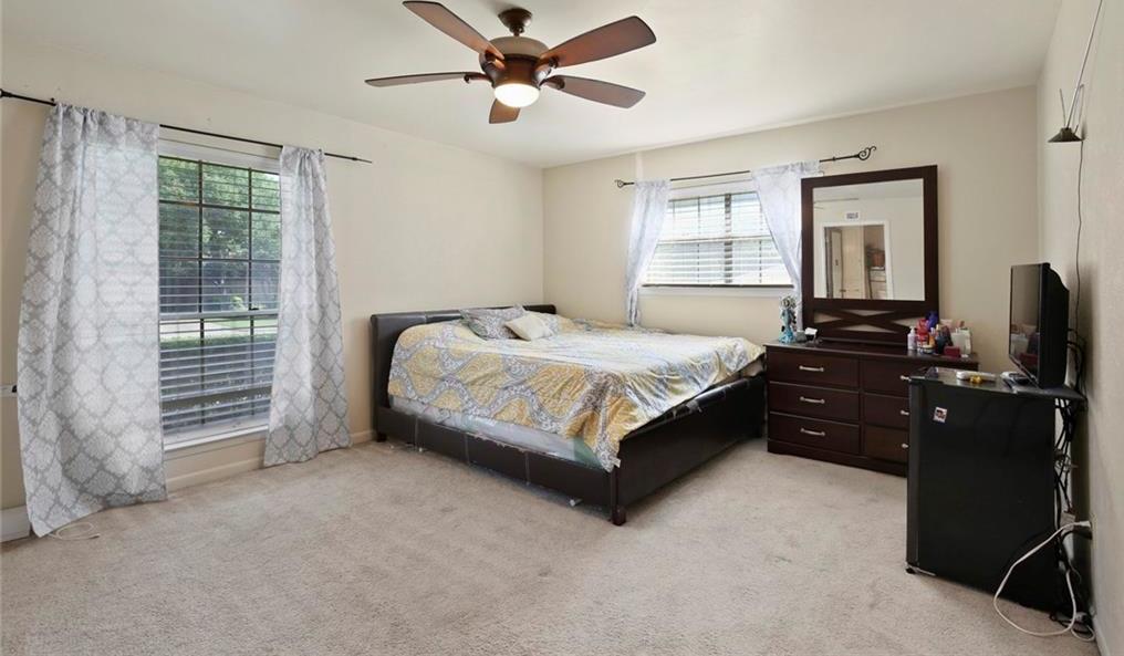 Sold Property   805 E Coral Way Grand Prairie, Texas 75051 27