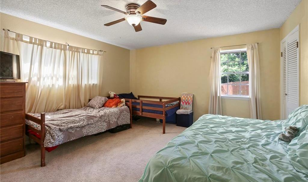 Sold Property   805 E Coral Way Grand Prairie, Texas 75051 30