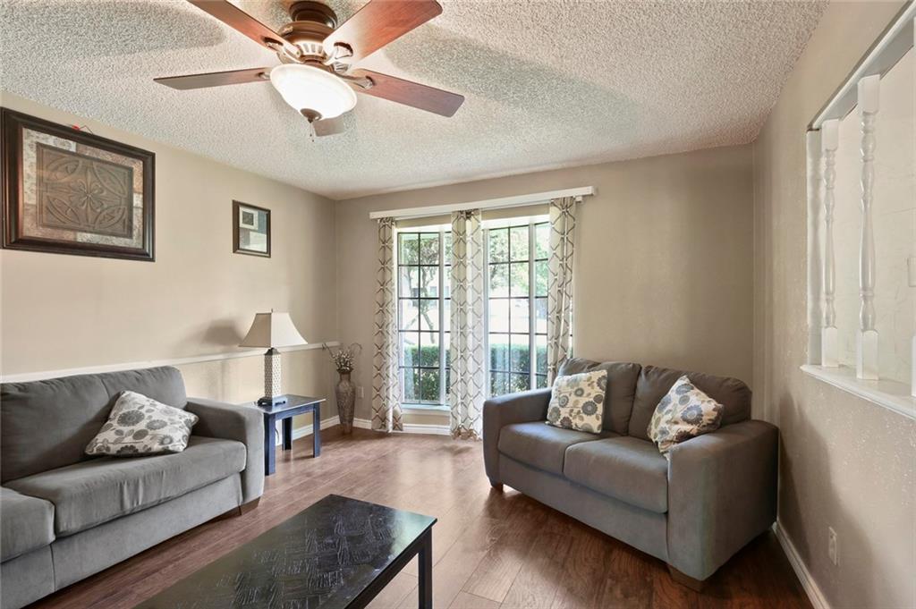 Sold Property   805 E Coral Way Grand Prairie, Texas 75051 4