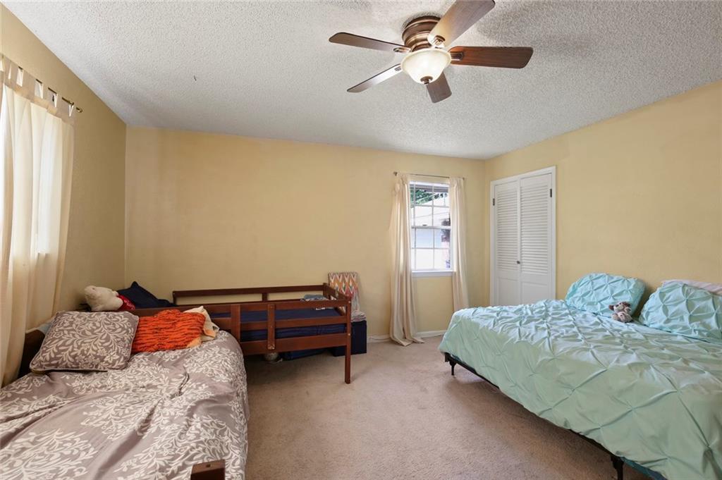 Sold Property   805 E Coral Way Grand Prairie, Texas 75051 31