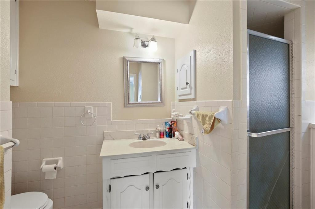 Sold Property   805 E Coral Way Grand Prairie, Texas 75051 33