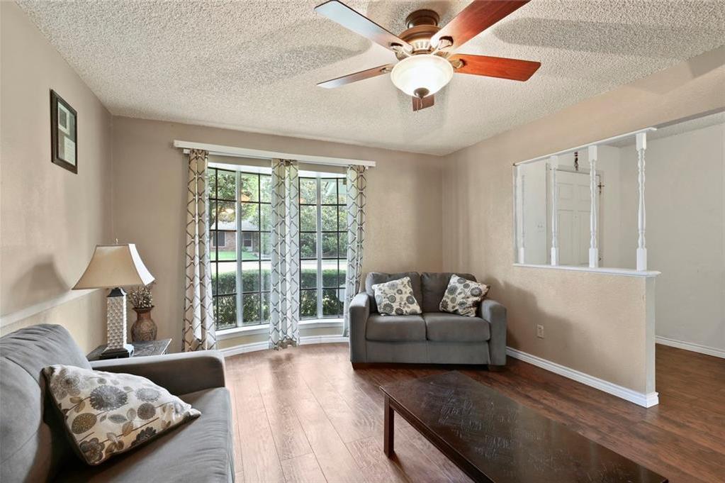 Sold Property   805 E Coral Way Grand Prairie, Texas 75051 6