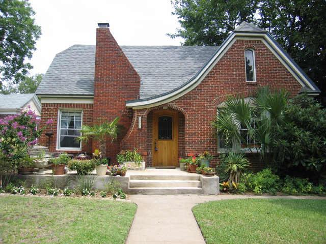 Sold Property | 5841 MORNINGSIDE Avenue Dallas, Texas 75206 0
