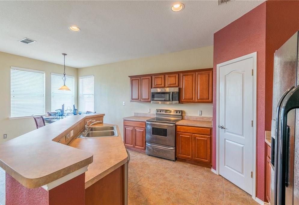 Sold Property | 3625 Desert Mesa Road Fort Worth, Texas 76262 6