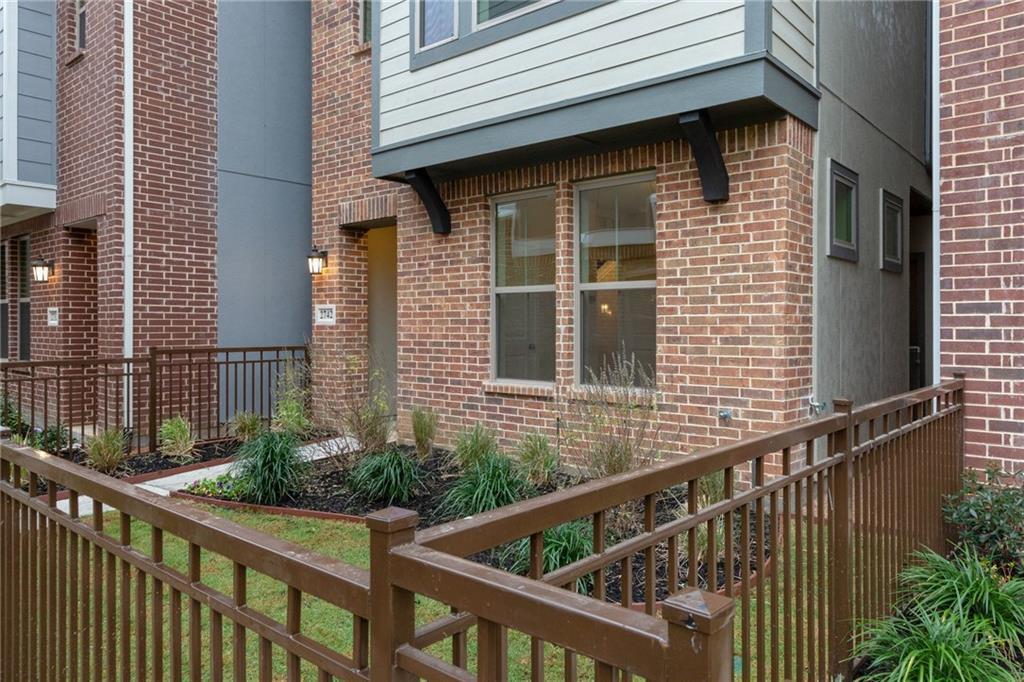 Sold Property | 2742 Yellow Jasmine Lane Dallas, Texas 75212 10