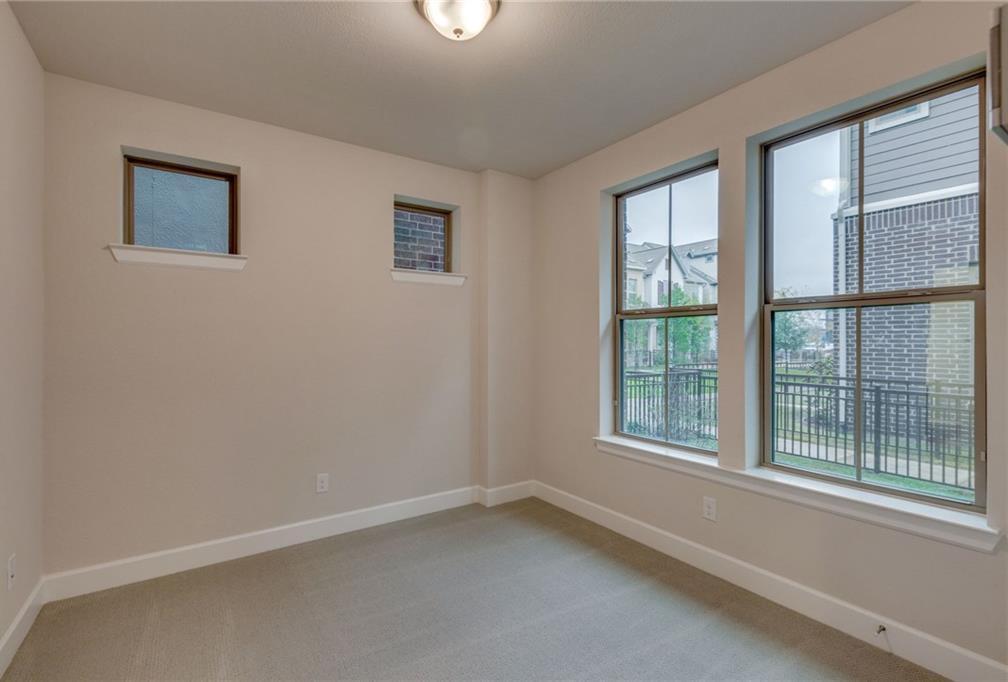 Sold Property | 2742 Yellow Jasmine Lane Dallas, Texas 75212 2